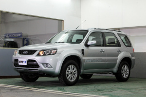 2013 Escape 2.3 2WD XLS