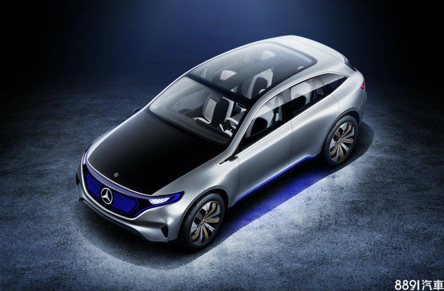 Cayenne Coupe幾乎可以篤定將推出全電動版本,而這也是高級品牌的另一發展重點,像是賓士已確定發展電動車副牌,並在去年巴黎車展上先以Generation EQ概念車向眾人見面與宣示,品牌未來將與BMW i正面迎擊。