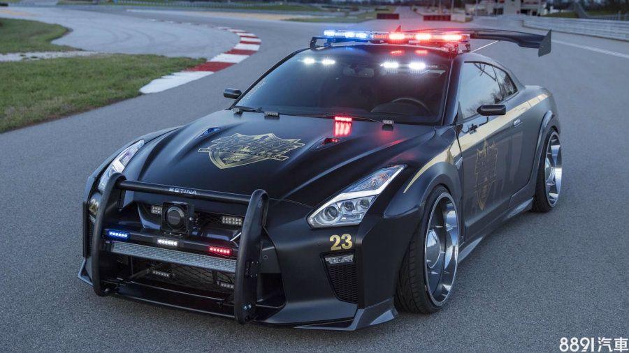日产GT-R杀气十足的警车   图片及配置群面解析