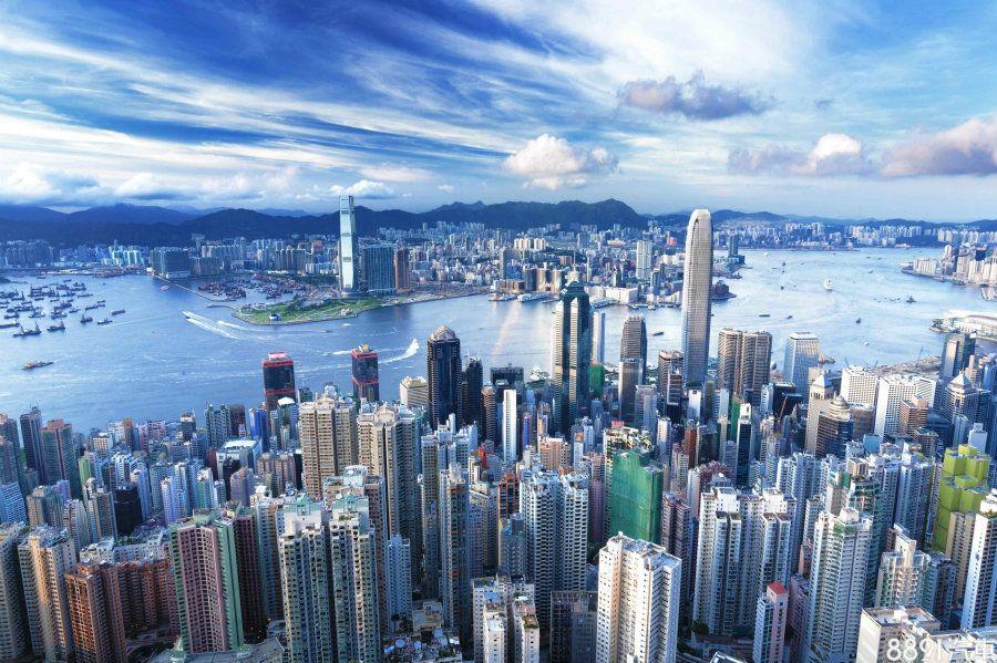 香港房價驚人的高,尤其車位供不應求,一再創下新高紀錄。