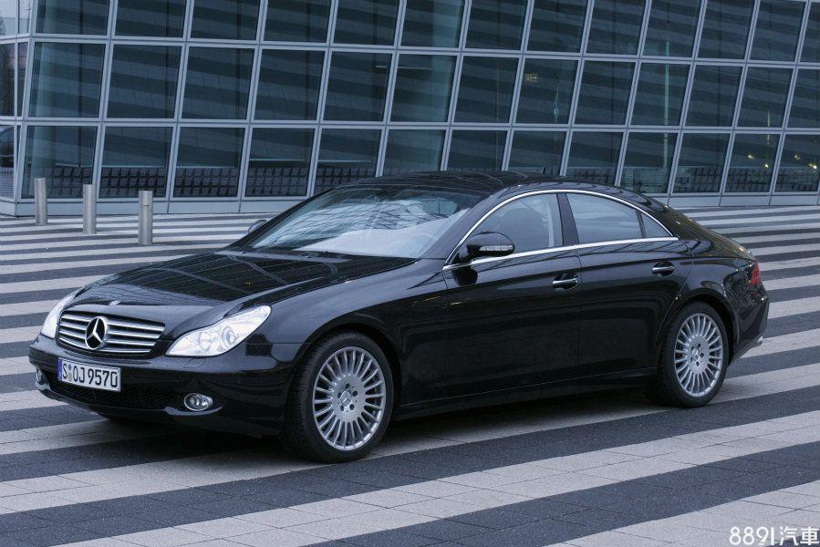 2004年問世的CLS車系,開創賓士旗下四門Coupe的新級距。